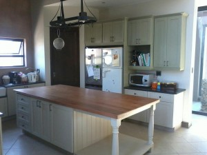 Red Cherry Woodworks - Kitchens